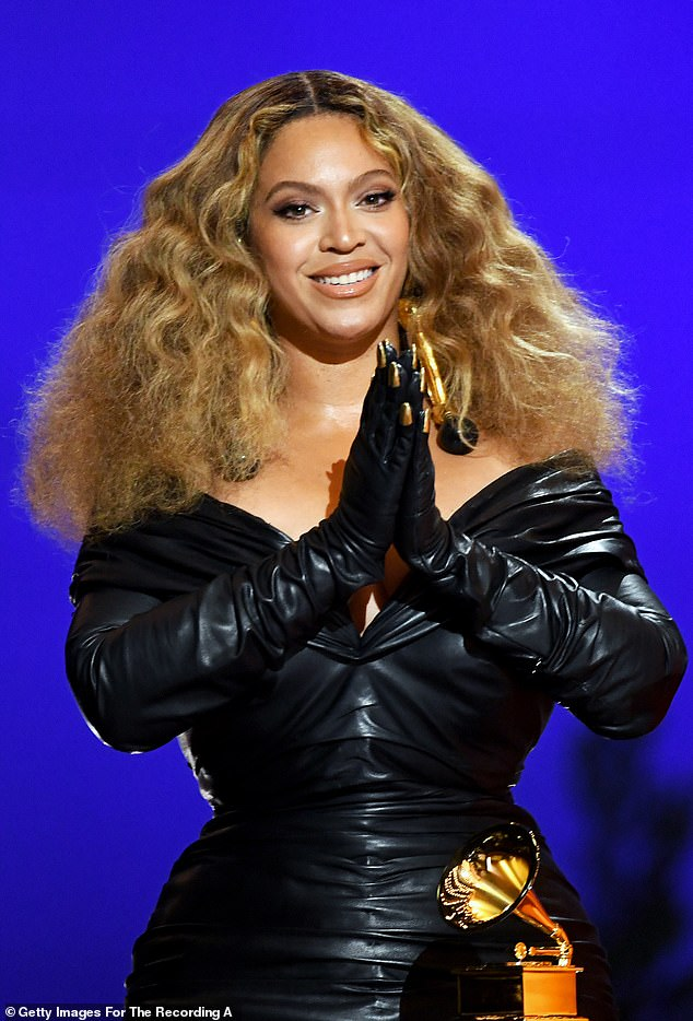 Beyonce reveals she has beehives on her roof and is building a hemp and  honey farm - 247 News Around The World